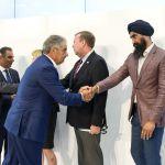 managers hand shake